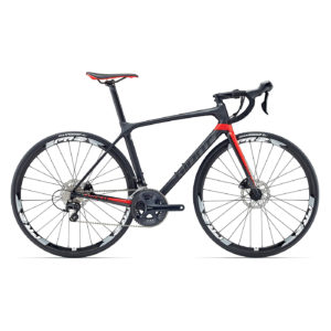 GIANT TCR Advanced 2 Disc 700c (2018) Action Bikes